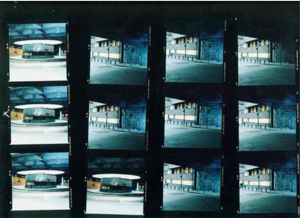 Marius Enghs del av kunstverket Ekkokammer: bilder av Arne Garborgs plass i Oslo i dag.